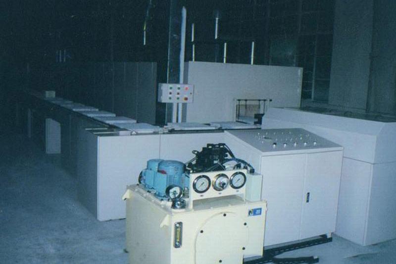 电子元器件、电子粉体用推板式电阻炉