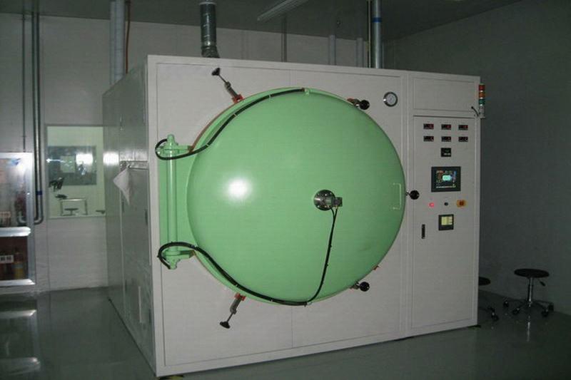 Vacuum baking furnace
